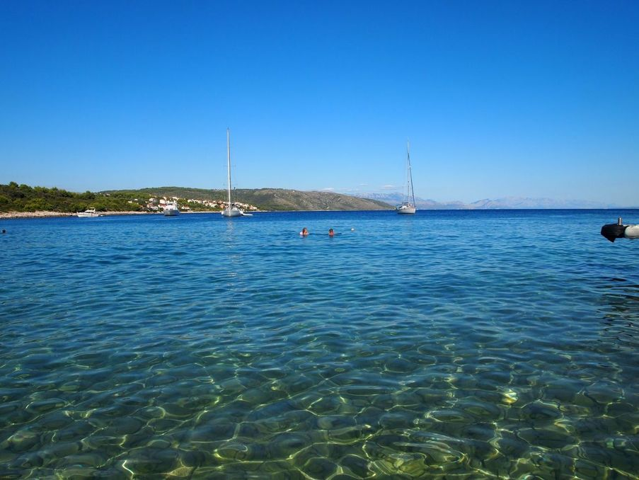 La mer transparente à Trogir